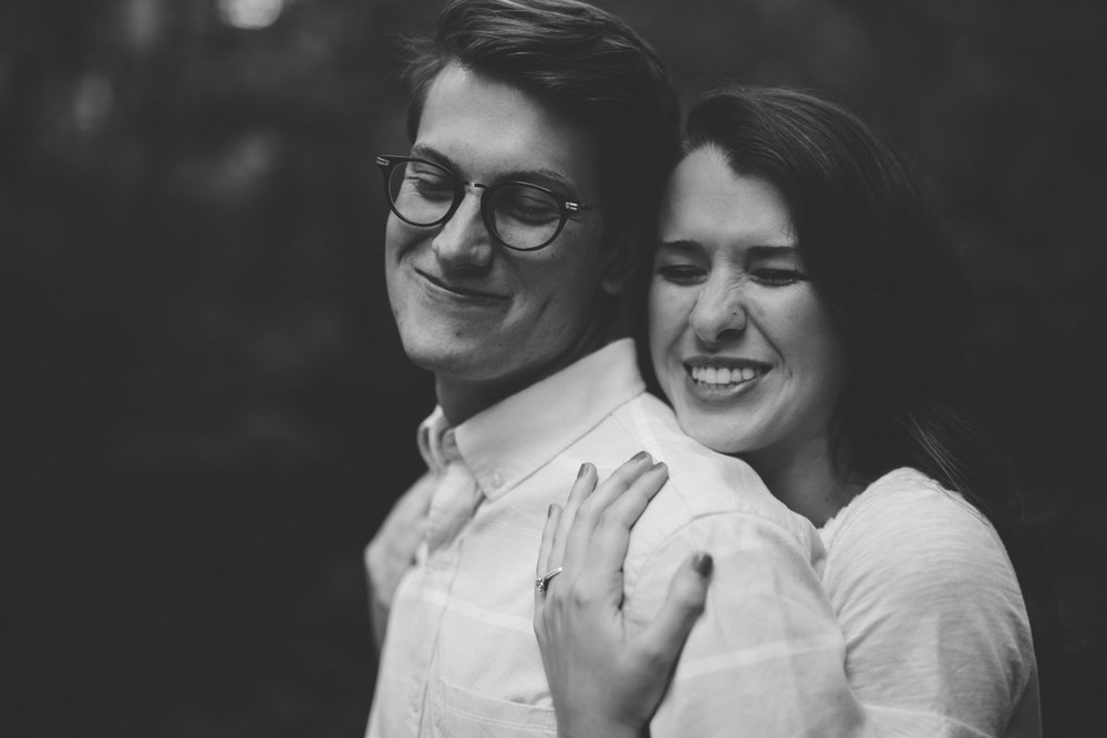 Nashville_TN_Engagement_Photographer_-5.jpg