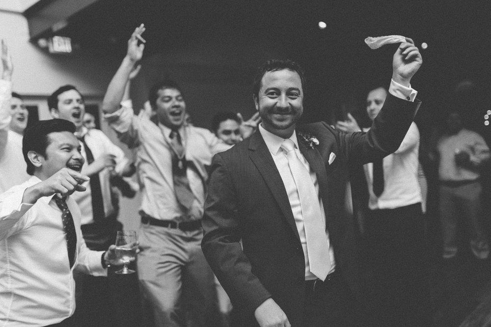 Fun_Wedding_photography_Nashville_TN_-3.jpg