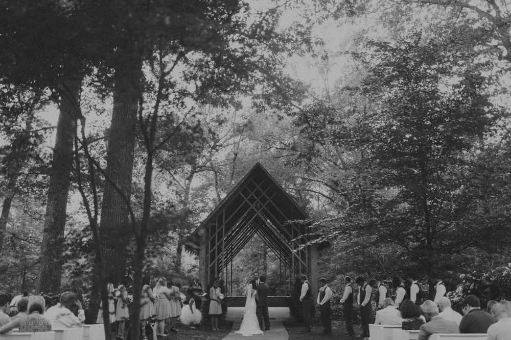Middle_Tennessee_Wedding_Photographers_-40.jpg