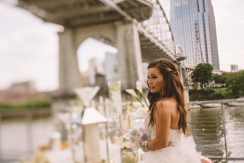Bridge_Building_Wedding_Nashville_TN_-71.jpg