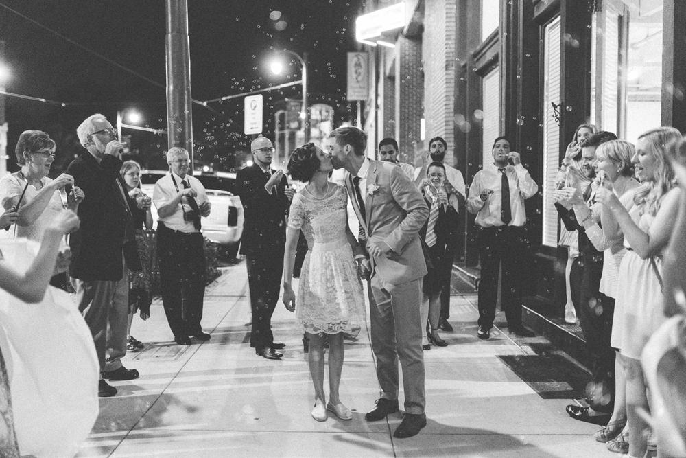 Nashville_TN_Wedding_Photographers_43.jpg