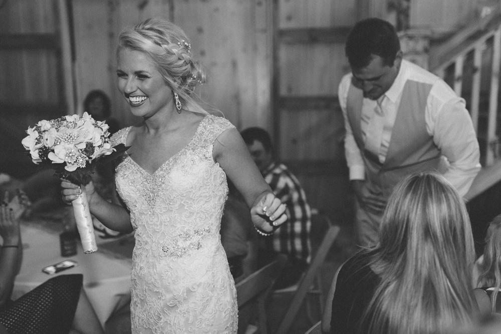 Nashville_Wedding_Photojournalists_-54.jpg