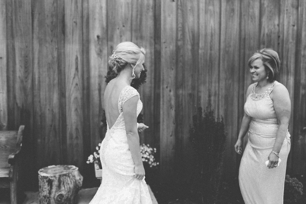Best_Nashville_Wedding_Photographers-3-2.jpg