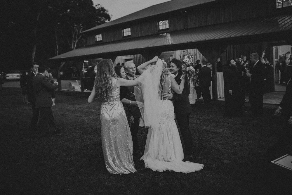 Deer_Valley_Farm_wedding_venue-40.jpg