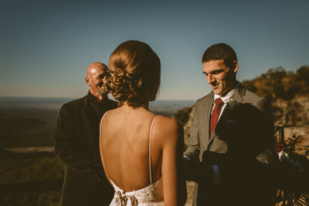 Best_Nashville_Wedding_Photographers_-34.jpg