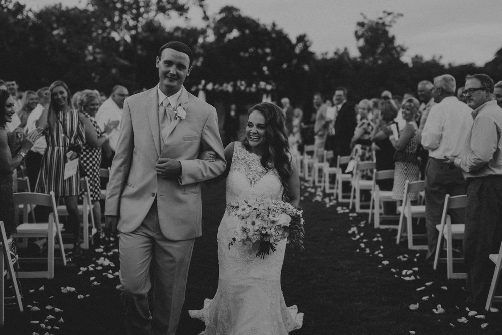 Nashville_Wedding_Photographers_-487.jpg
