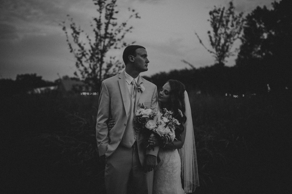Nashville_Wedding_Photographers_-512.jpg