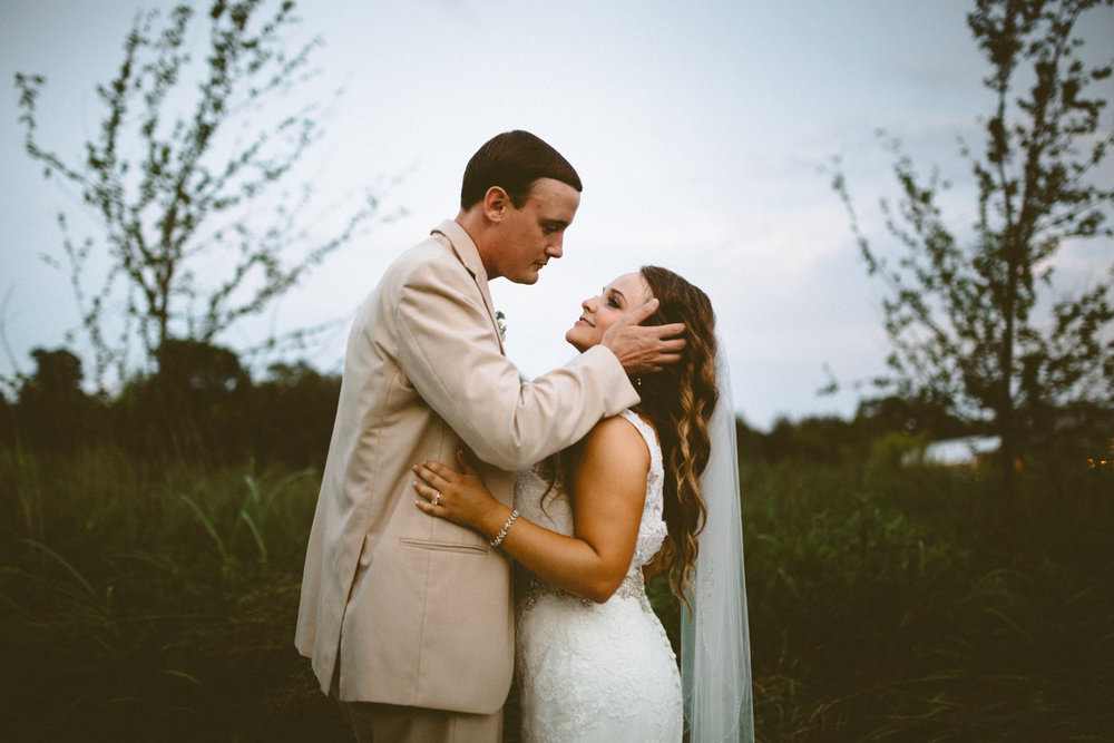Nashville_Wedding_Photographers_-517.jpg