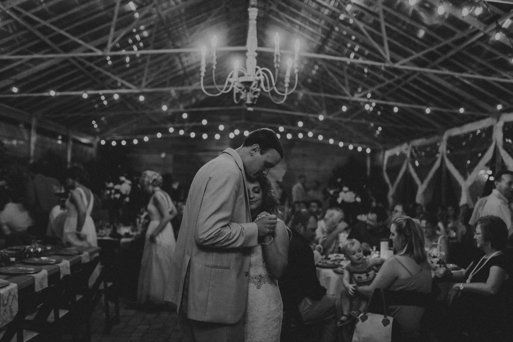 Nashville_Wedding_Photographers_-535.jpg