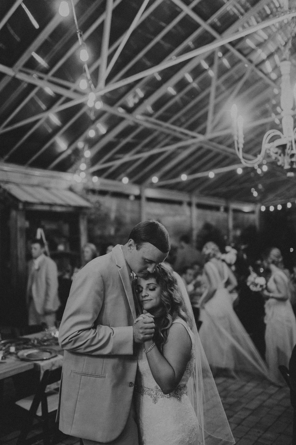 Nashville_Wedding_Photographers_-536.jpg