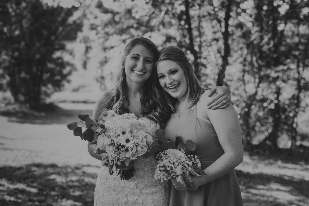 Best_Nashville_Wedding_Photographers_-518.jpg