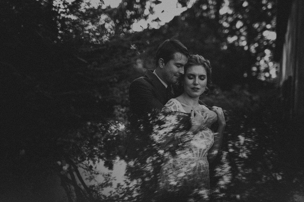 A_Best_Nashville_Wedding_Photographers_-1.jpg