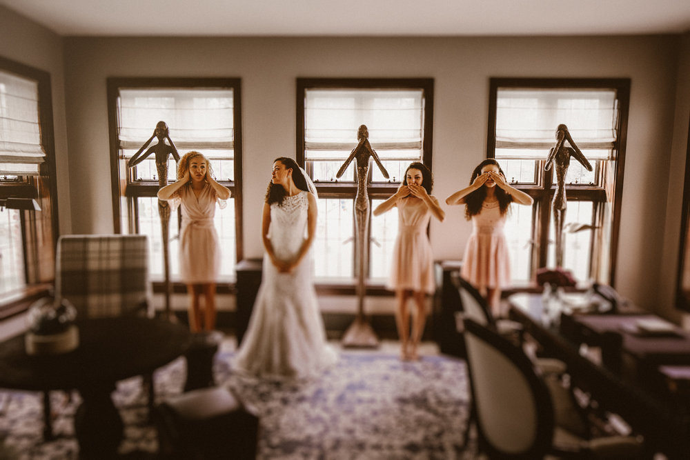 Best_Nashville_Wedding_Photographers_-1-2.jpg