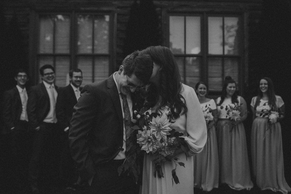 Best_Nashville_Wedding_Photographers_-96.jpg