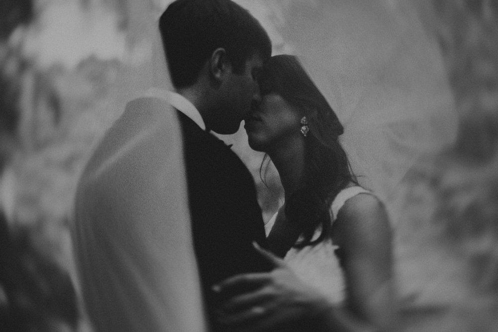 Best_Nashville_Wedding_Photographers_-23.jpg