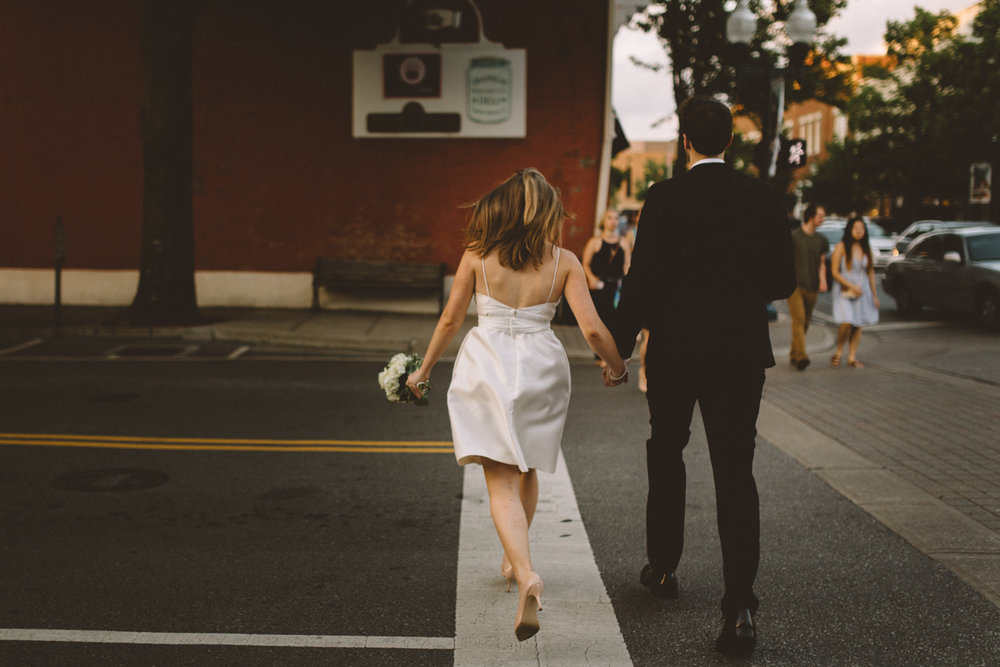 A_Best_Nashville_Wedding_Photographers_-1-3.jpg