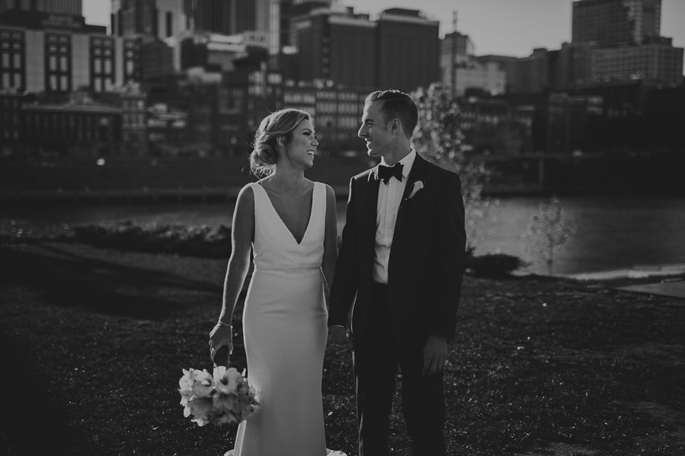 Bridge_Building_Wedding_Photos_Nashville_TN-103.jpg