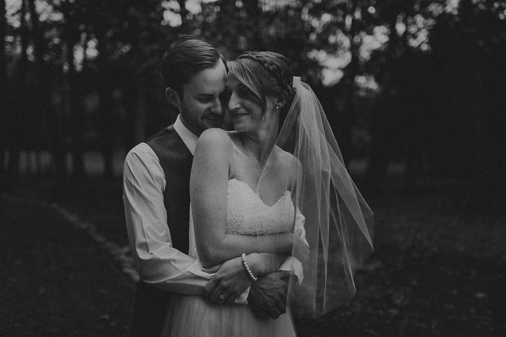 Backyard_Elopement_Photographer_Nashville_TN-31.jpg