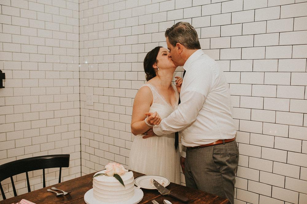 portland-oregon-elopement-photographers--10.jpg