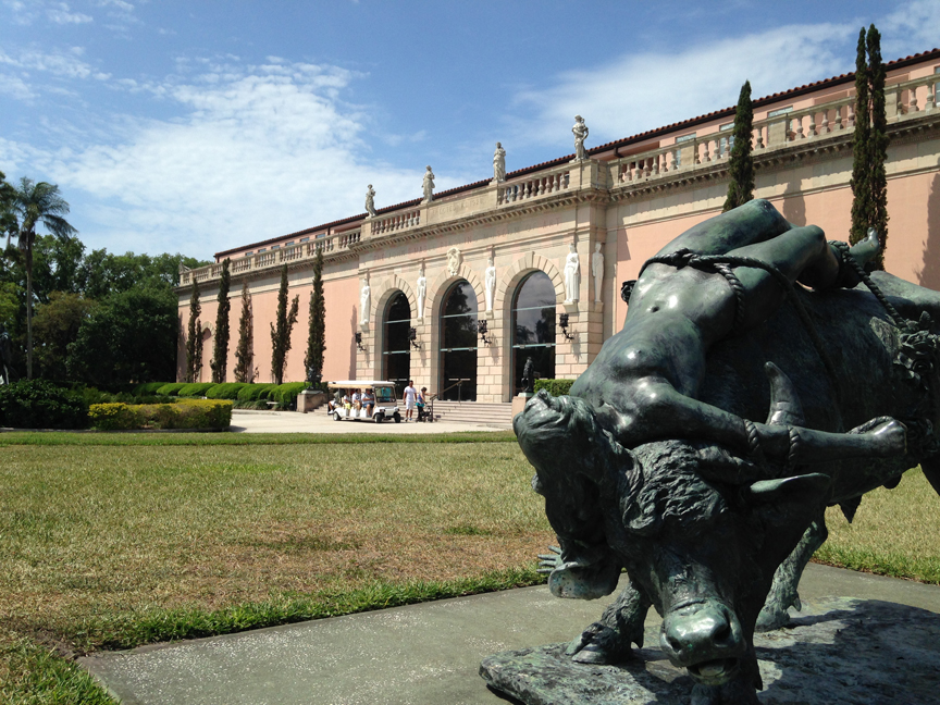 The front entrance of Ringling Museum of Art