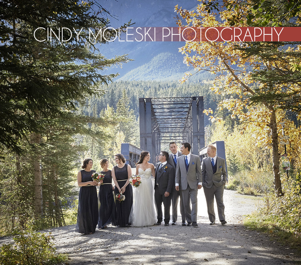cindy-moleski-professional-wedding-photographer-saskatoon-saskatchewan-wedding-party-canmore-alberta-29037-7961.jpg