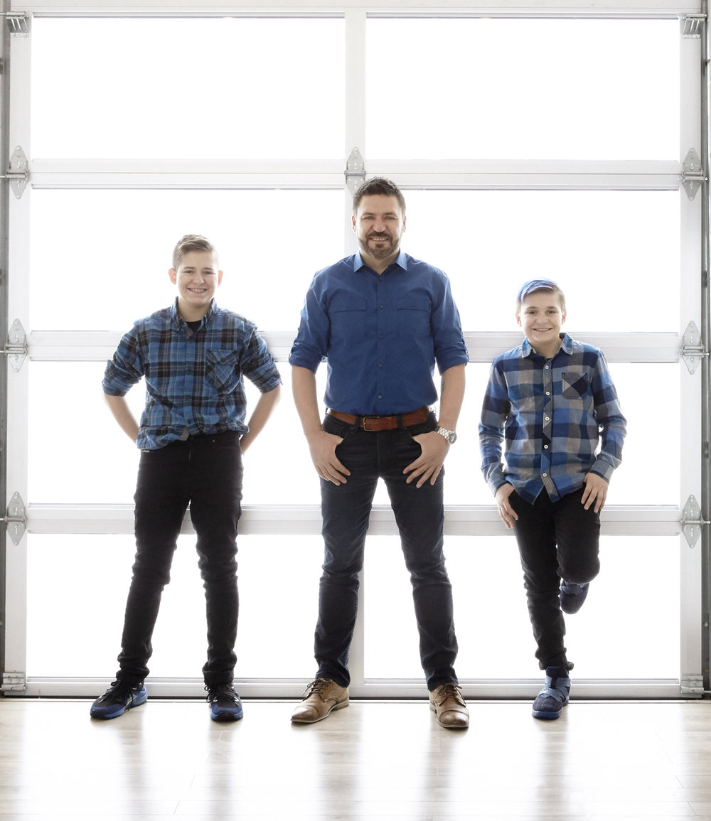 cindy-moleski-professional-family-father son-boys-portrait-photographer-saskatoon-saskatchewan-29451-103.jpg