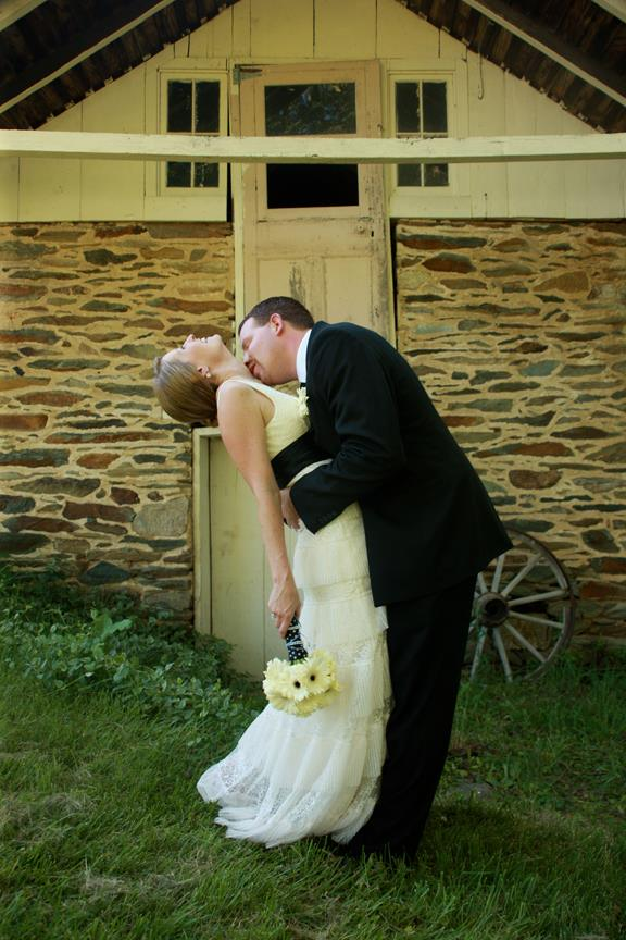 Bride and Groom Stone Manor COuntry CLub