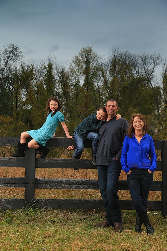 Family Portraits Outside Bluemont Virginia