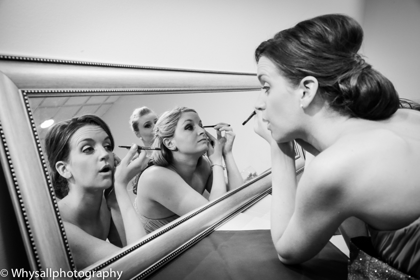bridesmaids getting ready bull run golf course