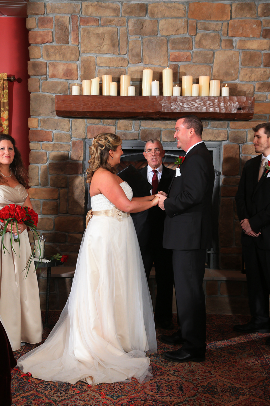 8 Chains North Winery Wedding Photos | Photographer | Purcellville, VA