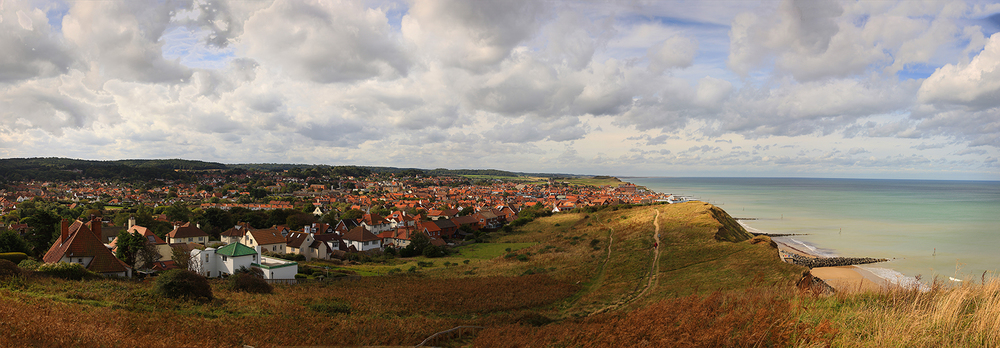 Travel Photo pano village in Broadlands England