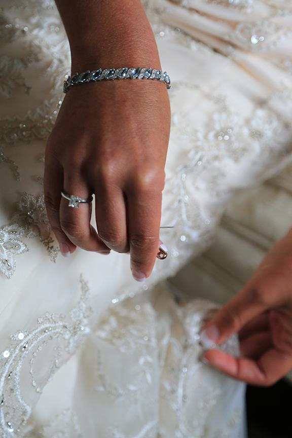 Chesapeake City Bride Getting Ready Photo | Frederick Maryland Wedding Photographer