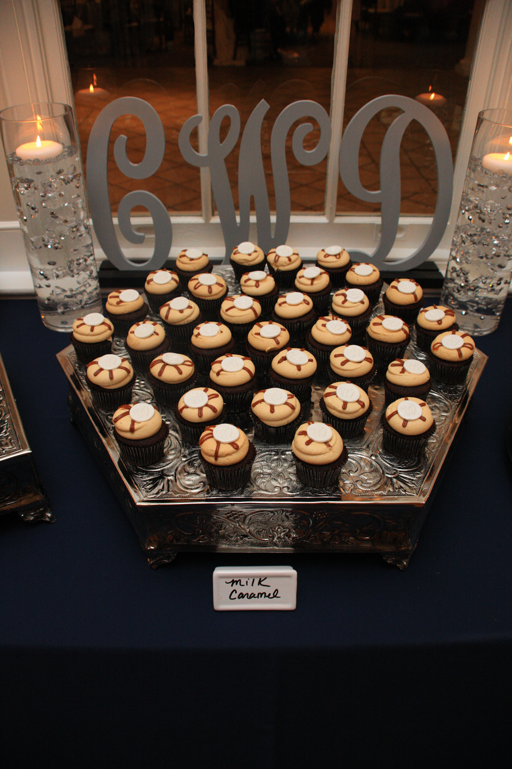 Whitehall Estates Wedding Detail Photo Cupcakes