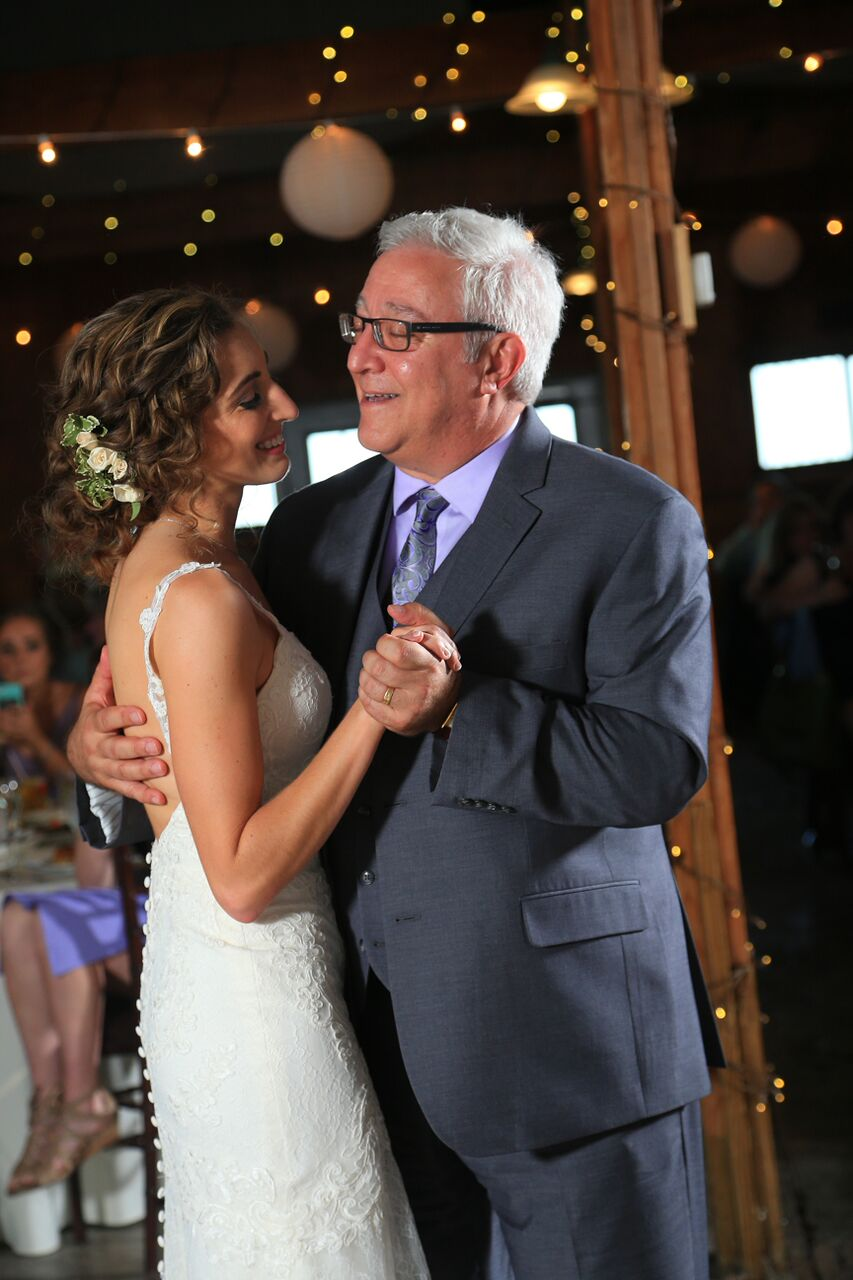 bride dancing with father bluemont winery