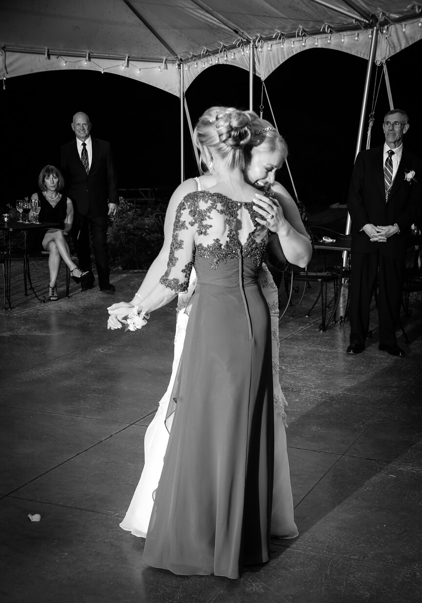 cana-winery-bride-mom-dancing2.jpg