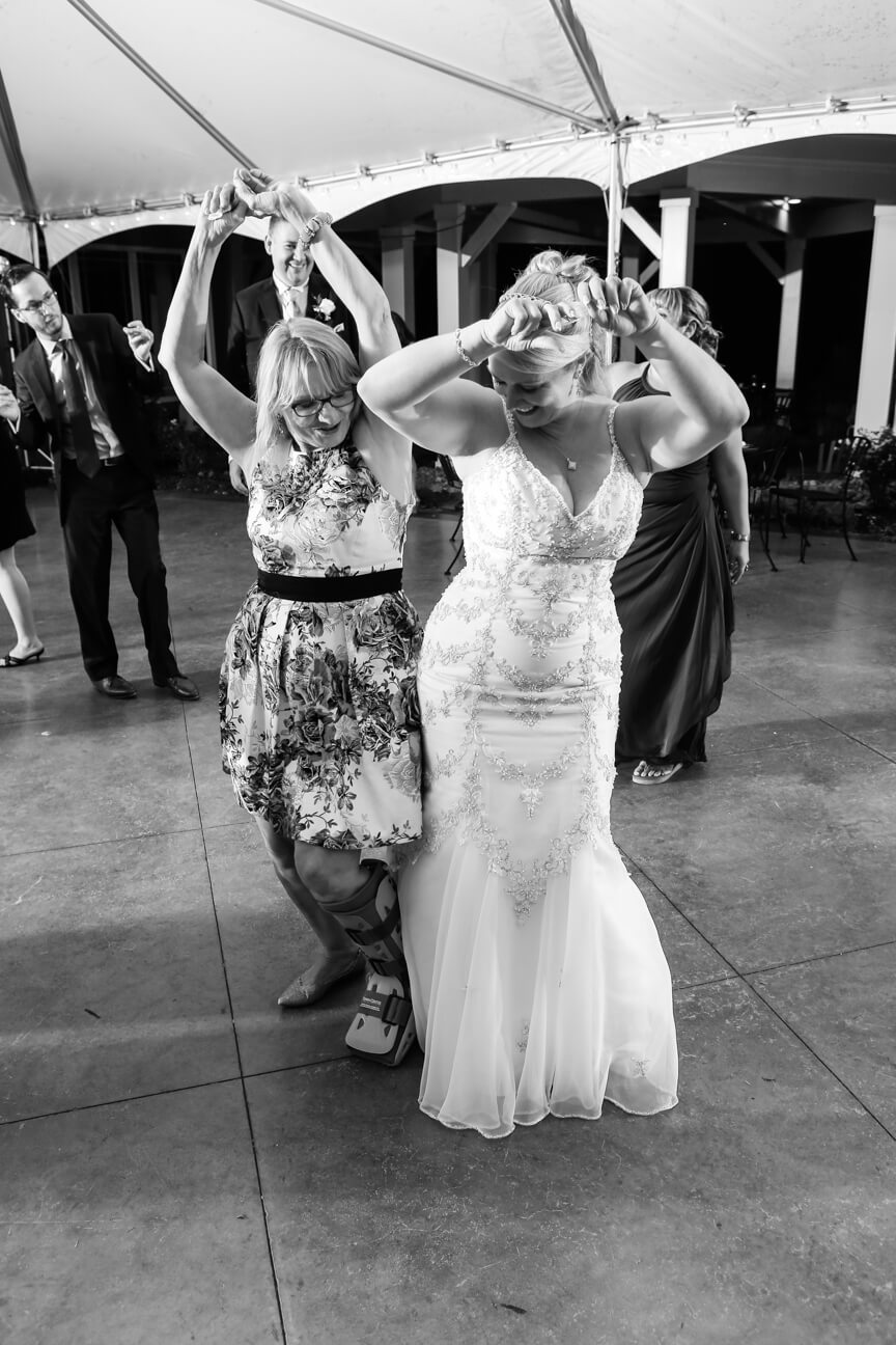 cana-winery-reception-dancing4.jpg