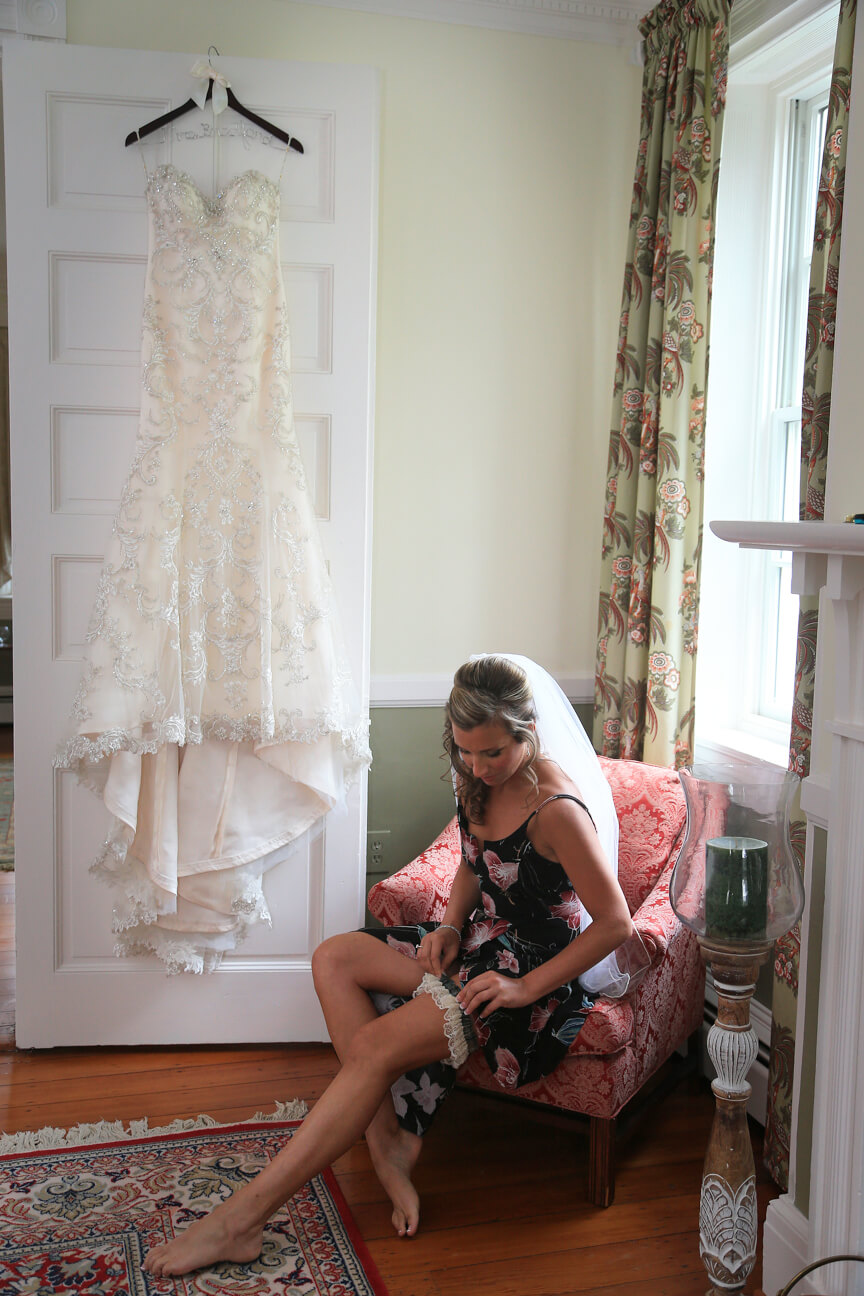 dc-bride-getting-ready.jpg