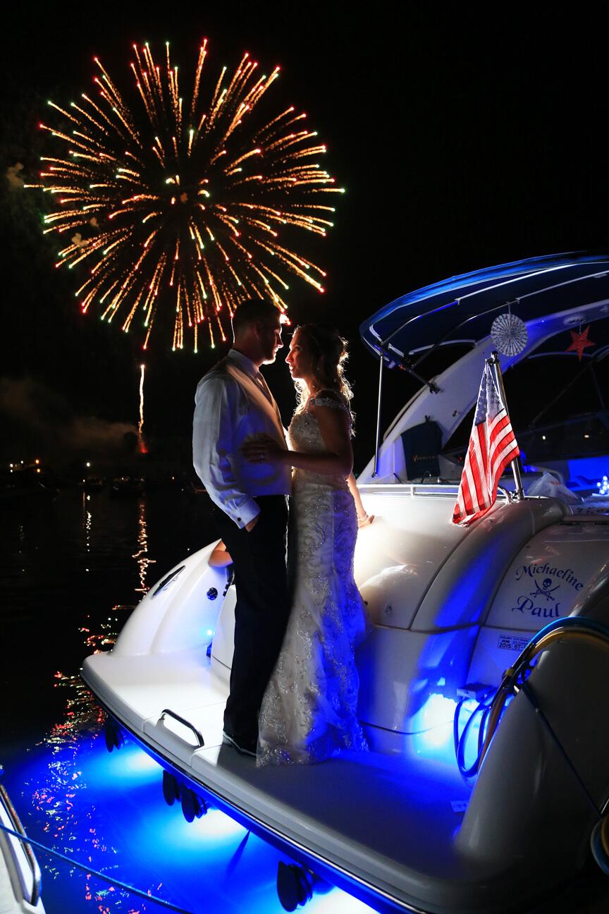 bride-groom-fireworks-dc.jpg