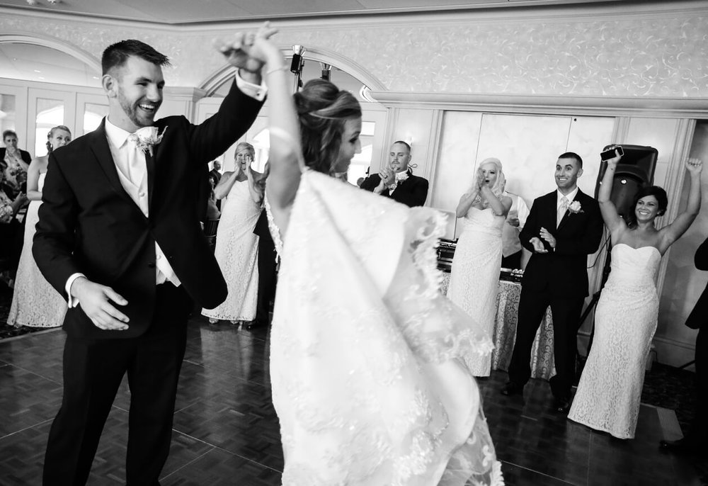 reception-bride-groom-dance5.jpg