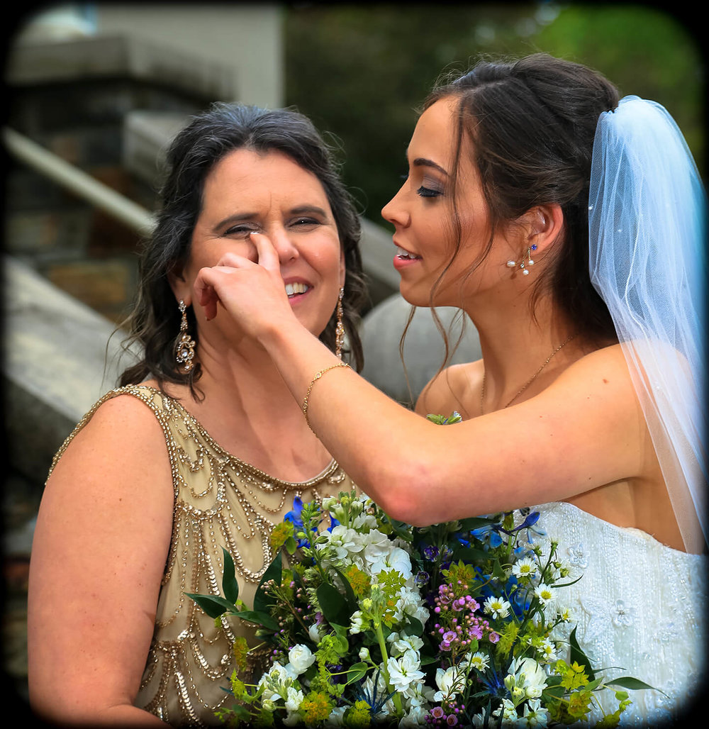 bride-and-mother.jpg