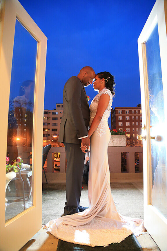 dc-bride-groom-roof-top-2.jpeg