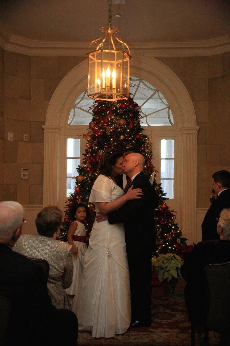 a-christmas-wedding-ceremony6.jpg