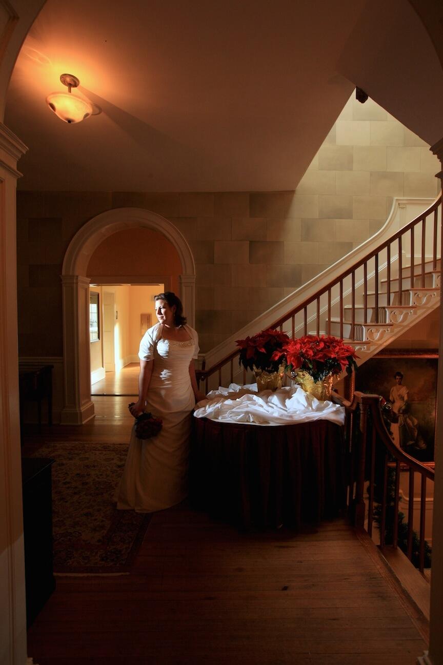 a-christmas-wedding-bridal portrait.jpg
