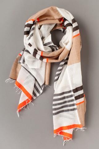 alula-split-scarf.jpeg