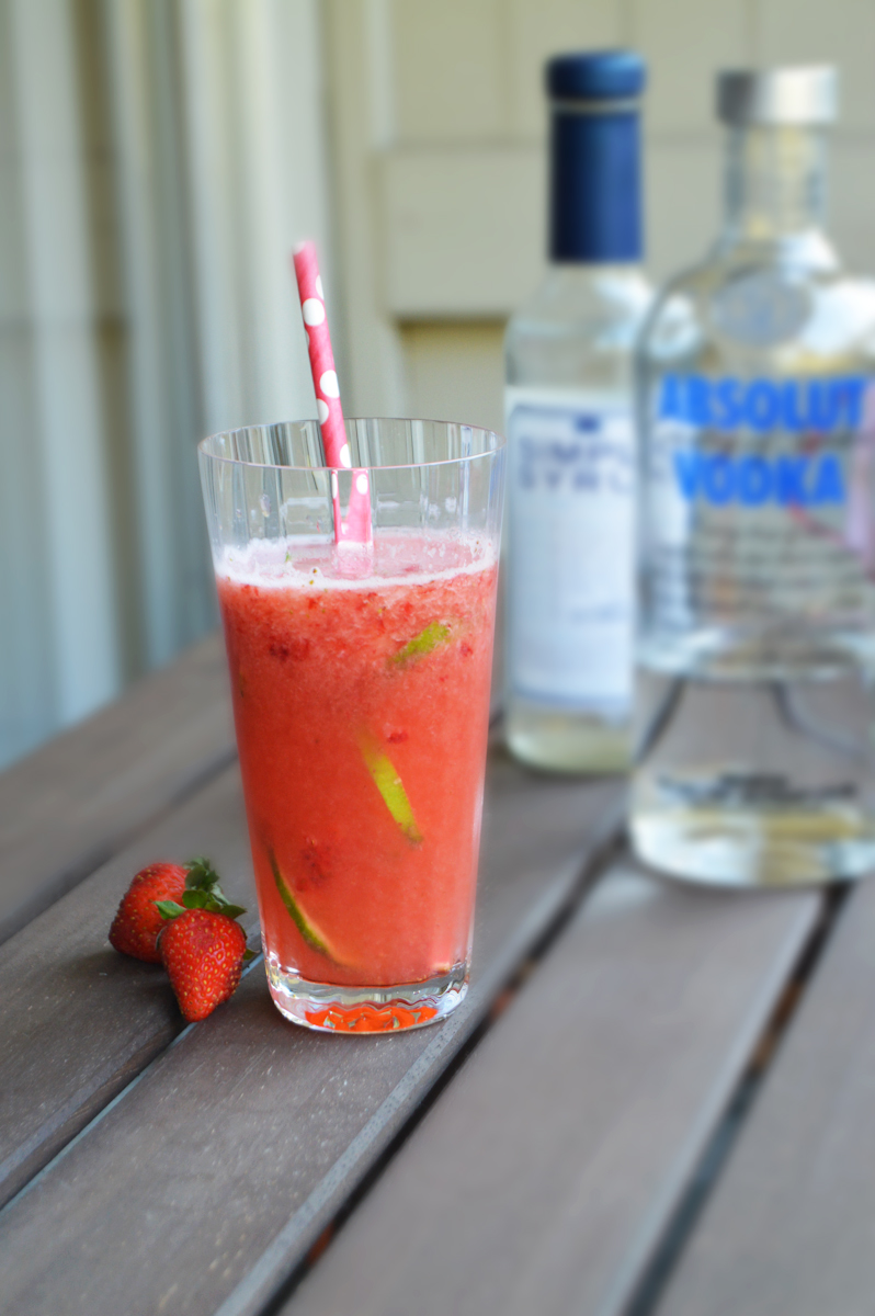 Strawberry Fields Cocktail via. Birdie Shoots