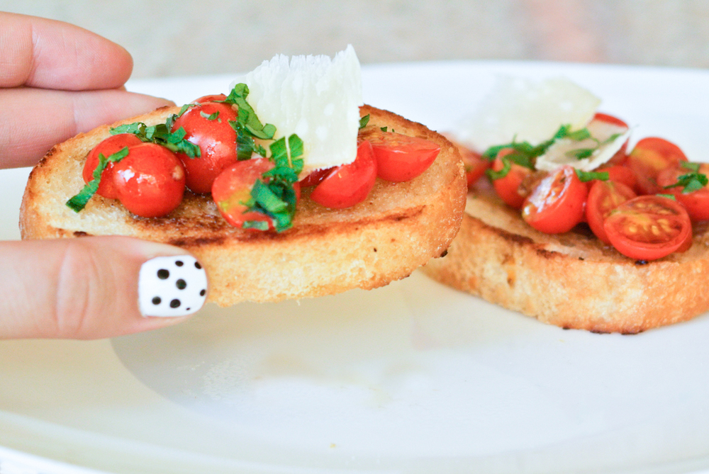Bruschetta Recipe via. Birdie Shoots