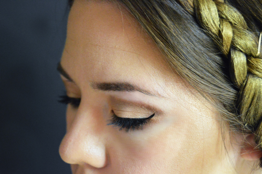 Greek Goddess Makeup Tutorial via. Birdie Shoots