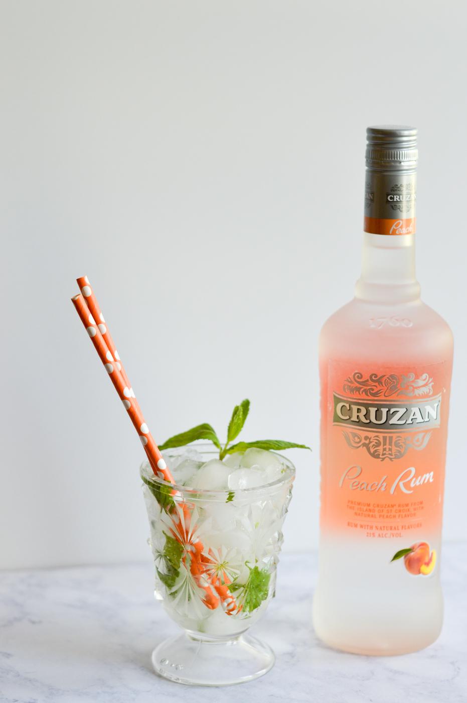 Cruzan® Peach Swizzle via. Birdie Shoots