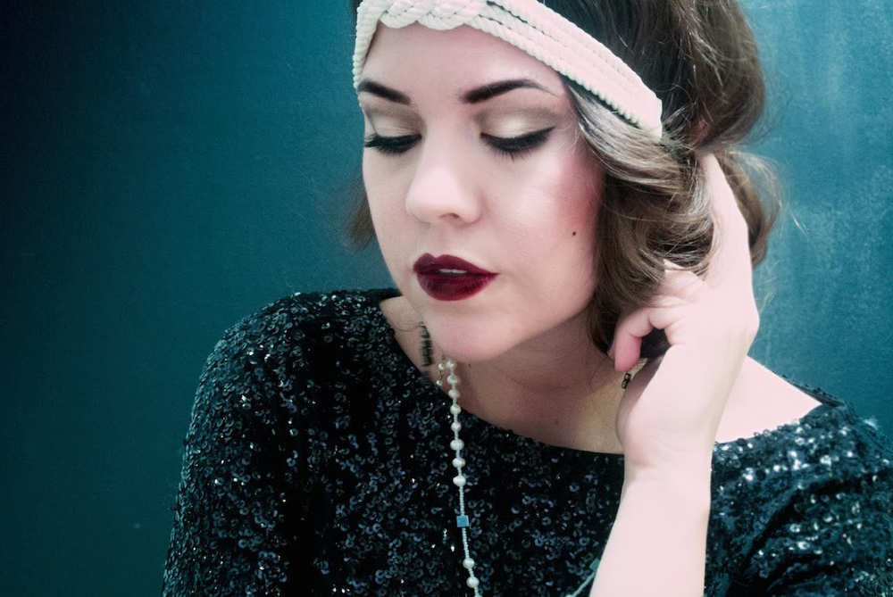 Gatsby Halloween Costume Tutorial Via. Birdie Shoots