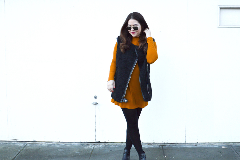 Minimal winter fashion via. Birdie Shoots